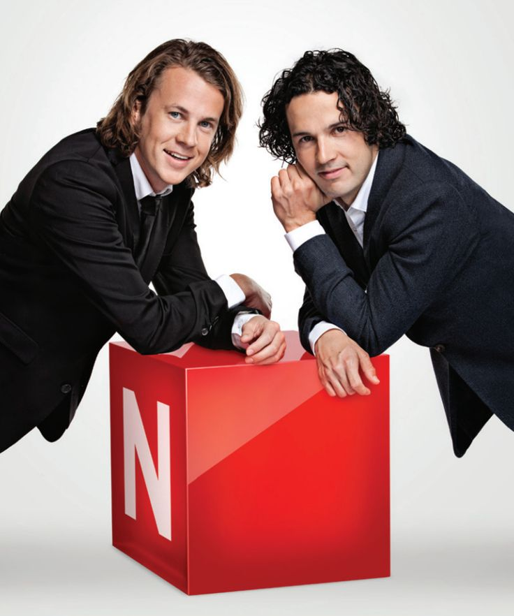 Ylvis brothers, you just can't stop looking at them, they're so beautifu!