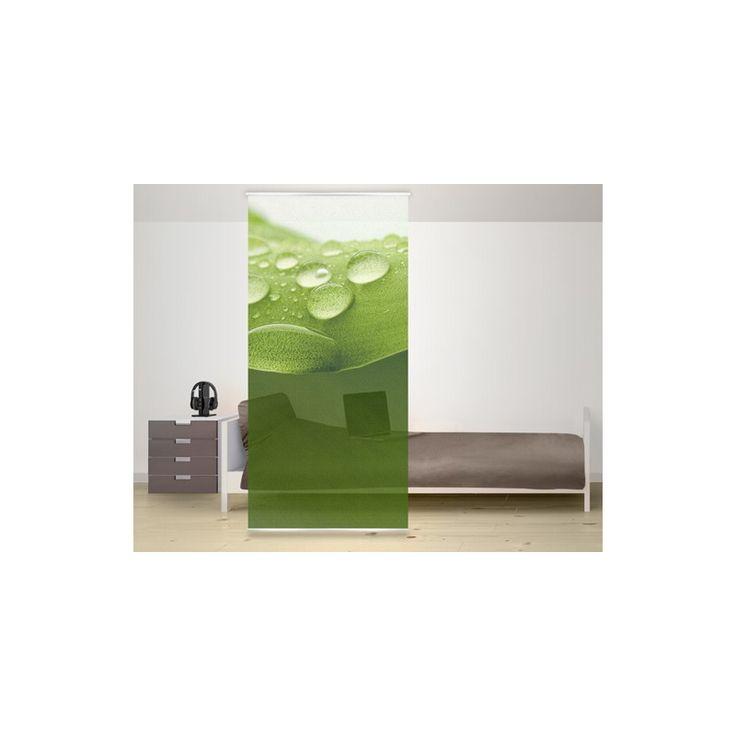 A zöld levelekről lepottyanó esőcsepp látványa frissességgel, üdeséggel tölti meg a teret. A térelválasztó mérete: 120x250cm