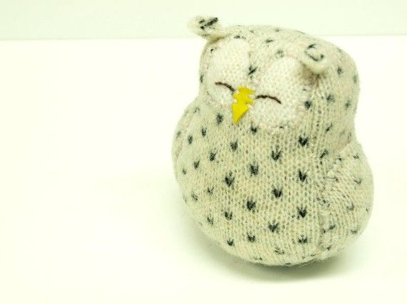 Felted spotted owl.  on my wish list.