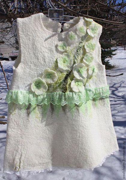 Одежда для девочек, ручной работы. Ярмарка Мастеров - ручная работа. Купить Сарафанчик валяный Весна пришла..... Handmade. Белый, зеленый