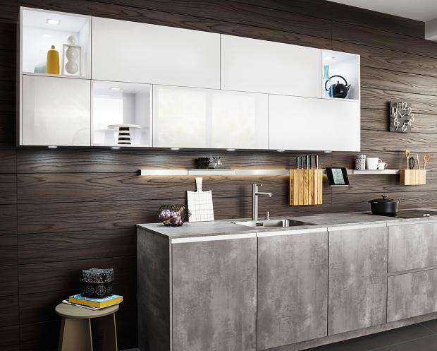 Kleine Küchen: Tipps Für Mehr Stauraum: Luftige Anordnung Von Oberschränken