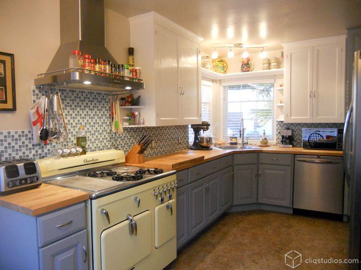carlton painted harbor raised panel kitchen cabinets from cliqstudioscom - Raised Panel Kitchen Decor