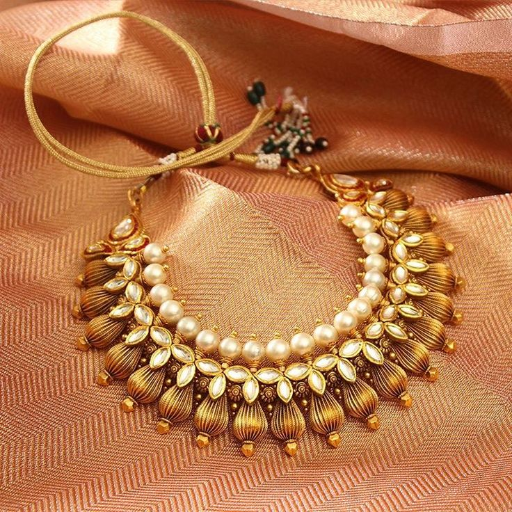 Want to add some drama to ensemble? Here's what you need!  #Gold #Necklace #Ethnic #Jewellery #Manubhai #Mumbai #Borivali