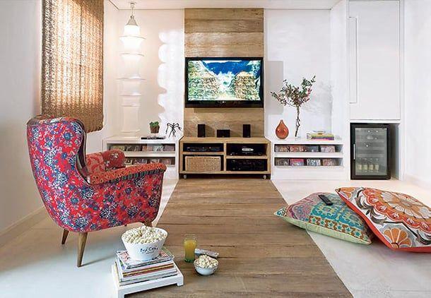 A decoração de sala precisa ser aconchegante e tranquila e, por isso, separamos boas inspirações para você harmonizar todo o local de forma personalizada.