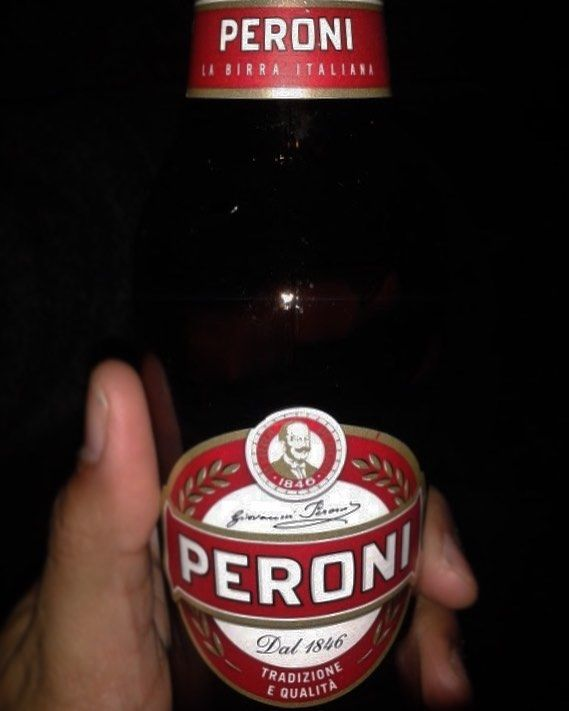 Peroni Original - Birra Peroni Industriale (SABMiller) Style: Pale #Lager (Roma Italy) ABV: 4.7%  Flavour: Easy to drink Aroma: no hoppy notes. Palate: Light bodied. Appearance: light golden with a white quickly disappearing head.  #Beer #cerveza @birra_peroni #bier #birra