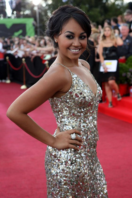 Jessica Mauboy, Australian singer, natural beauty. Woman of style, grace & incredible talent. SL