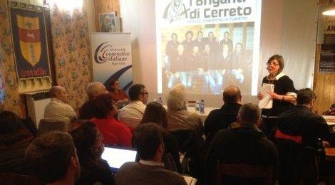 E' iniziata ottimamente la seconda edizione della Scuola delle cooperative di comunità. Le prime due giornate, organizzate a Cerreto Alpi (RE) il 15 e 16 gennaio, hanno visto una qualificata e numerosa partecipazione e interventi di alto livello.