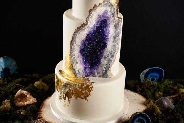 息をのむ美しさ、、フォトジェニック間違いなしの「水晶ケーキ」 - Locari(ロカリ)