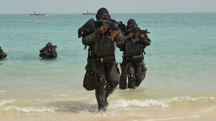 Dubaï mardi, 4 Octobre 2016 TRADUCTION GOOGLE Arabie Saoudite a commencé les jeux de guerre navale, y compris des exercices de tir réel mardi dans le Golfe et le détroit d'Ormuz, route du pétrole le plus important du monde, les médias officiels ont rapporté,...