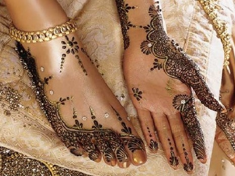 Beautiful wedding henna