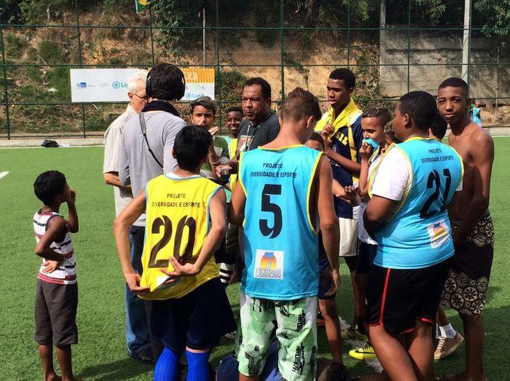 Le Brésil accueille « sa » Coupe du monde (1/4) - Les Brésiliens aiment-ils encore le foot ?