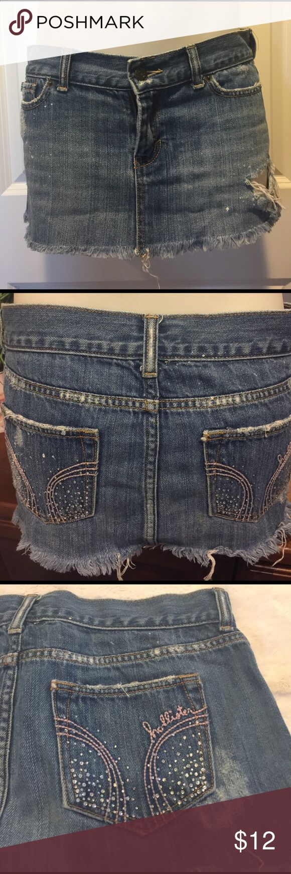 ✅2 For $15✅Hollister Distressed Jean Skirt🌟 Hollister Distressed Jean skirt in great condition! Thanks for looking 😊.   ALL $10 ITEMS 2 FOR $15 Hollister Skirts Mini
