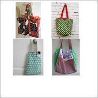 Geen plastic tassen meer nodig! Naai een boodschappentas.