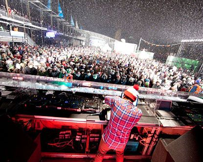 Igloofest Montreal. Very excited for Friday. live music, snow, alcohol, architecture, bright lights. love my city.