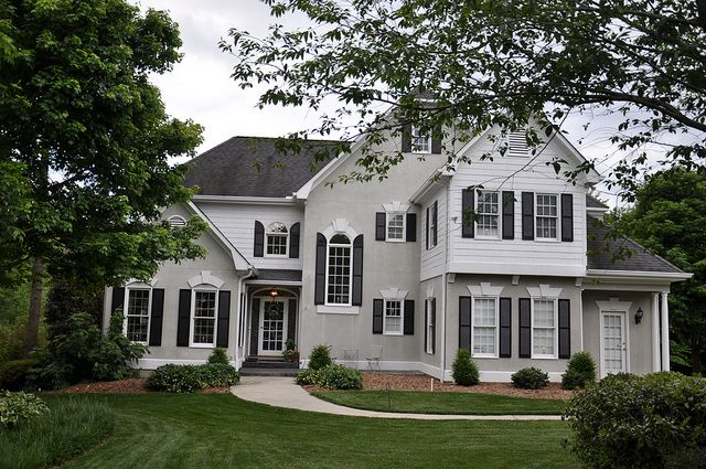 25 best ideas about white stucco house on pinterest - Exterior paint coverage on stucco ...