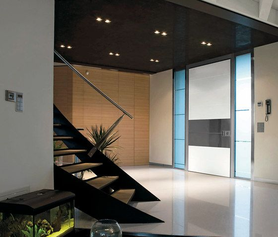 Entrance doors | Entrance doors | Synua | Oikos | Stefano. Check it out on Architonic