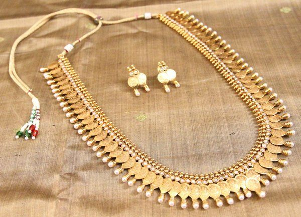 Tear Drop Shaped Kaasu (Coin) Haaram | Temple Of Kanchi Sarees, Temple Jewellery, Pure Silk, Kanchipuram