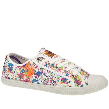 Rocket Dog Snippy Splatter Coming on like a Stone Roses album cover, the Rocket Dog Snippy Splatter is a real eye catcher! Laid back vulcanised plimsoll with a paint splattered fabric upper. Rubber toe box and a low profile out http://www.comparestoreprices.co.uk/womens-shoes/rocket-dog-snippy-splatter.asp