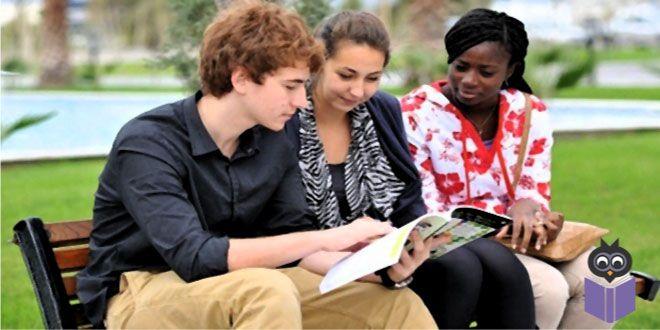 Yükseköğretim Kurulu, 2015-2016 eğitim-öğretim yılı yabancı uyruklu öğrencilere ilişkin yükseköğretim istatistiklerini açıkladı.  Türkiye'de 87 bin 966 yabancı öğrenci eğitim görüyor. Yükseköğretim Kurulu, 2015-2016 eğitim-öğretim yılı yabancı uyruklu öğrencilere ilişkin yükseköğretim istatistiklerini açıkladı. Türkiye'de öğrenim gören uluslararası öğrenci sayısının 87 bin 966 olduğu bildirildi. Son yıllarda YÖK'ün yükseköğretimde uluslararasılaşma çalışmaları kapsamında uluslararası…