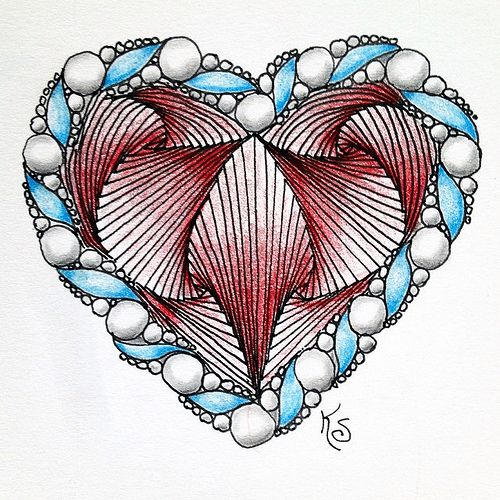 #zentangle 2015-046, another paradoxical heart because I can't stop even though I'm not really a heart sort of person :-) The border on this one is a variation of Akoya. | Flickr - Photo Sharing!