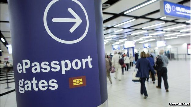 New EU migrants add £5bn to UK, report says