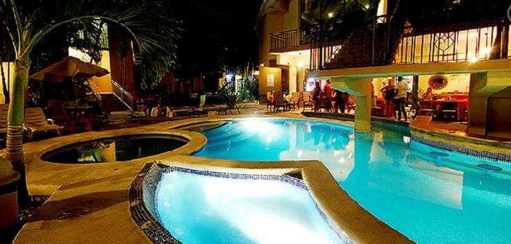Discover Hotel Balcon Del Mar – a great mid-priced hotel located right in the heart of Jaco, Costa Rica.