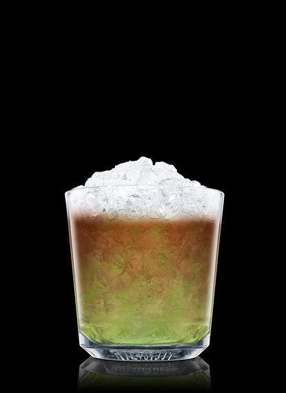 Mint Julep - Macerar folha de hortelã e xarope simples em um copo rocks resfriado. Encher com gelo picado. Adicionar Bourbon. 2 Partes de Bourbon, 1 Parte de Xarope simples, 8 Folhas de Folha de hortelã