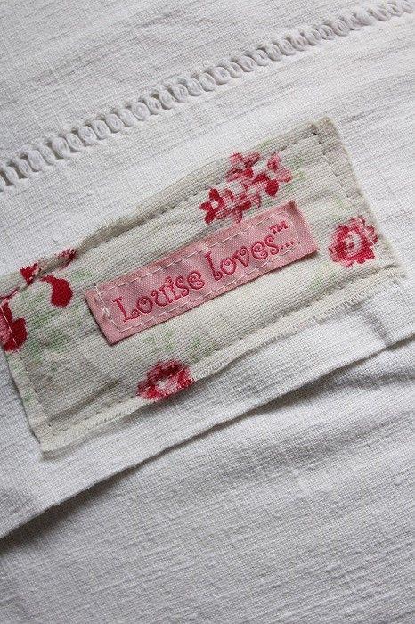 「ルイーズさんのフレンチアンティーク布のパッチワーククッション」ココン・フワット Coconfouato [アンティーク照明&アンティーク家具] アンティーククロス アンティークファブリック アンティークテキスタイル  ファブリック レース --cloth--