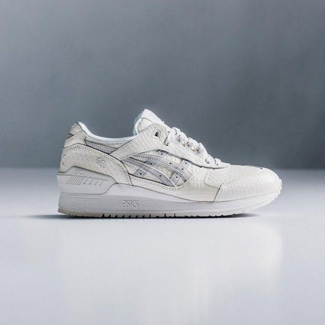 @Asics Gel-Respector 'White Mamba' . Cop ? Drop ? (📷@featurelv) More infos on sneakersaddict.com . #SneakersAddict #HotRelease #Asics #GelRespector #Mamba #⚪️ #🐍 #tagforlikes #sneakeraddict #adidas #kicks0l0gy #fresh
