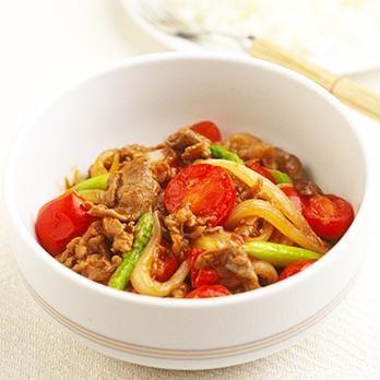 簡単ビーフストロガノフ | 吉田瑞子さんの煮ものの料理レシピ | プロの簡単料理レシピはレタスクラブニュース