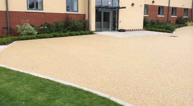 Addagrip approved contractor, Booher Construction, was appointed by main contractor Pave Aways to install a resin bound porous paving system at the new forty bedroom accommodation complex, Wrekin House.