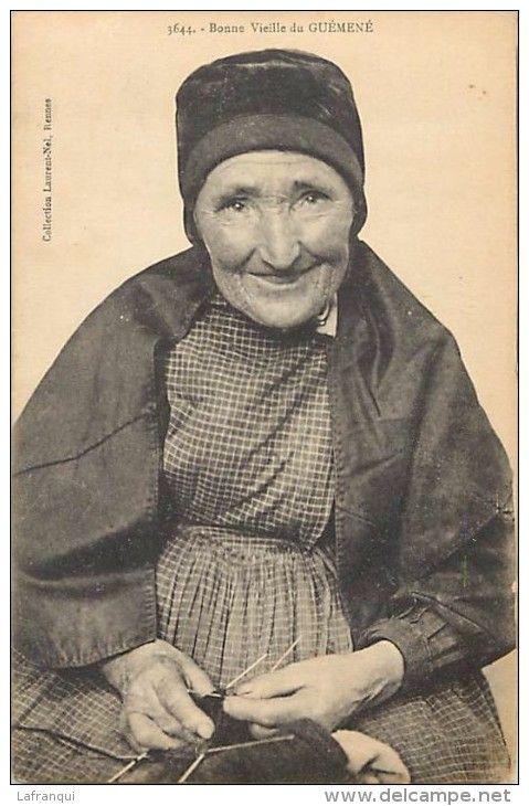 Guéméné tricoteuse