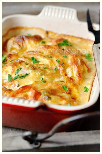 Chicken, Jalapeno and Cheddar Casserole - (when done - take chicken out and add more cheese to sauce. Great with rice -b)