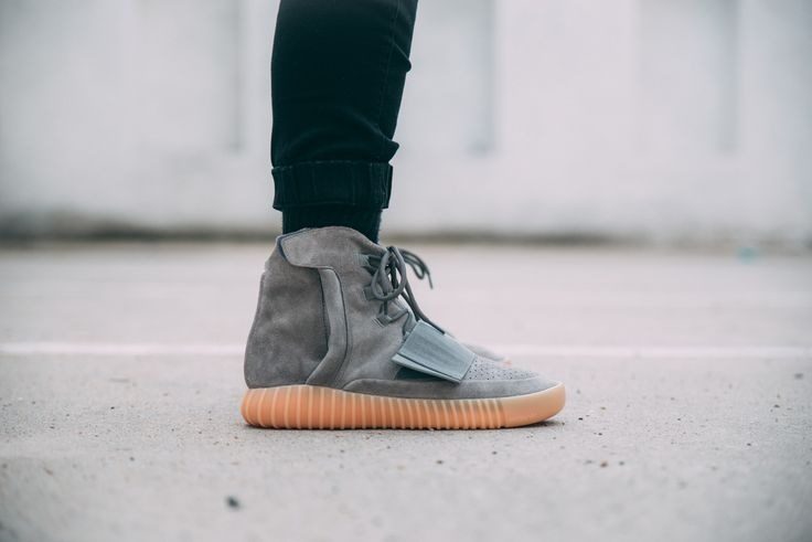 Timeless silhouette from adidas x Kanye West  #yeezyboost #yeezy750footshop