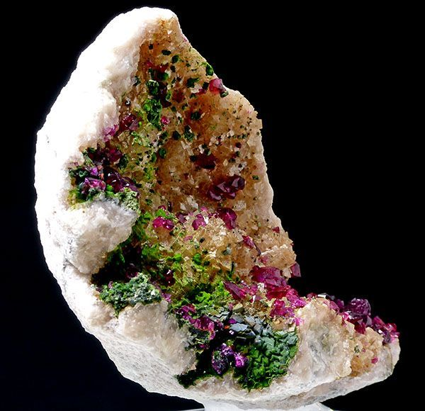 Roselite,  Ca2(Co,Mg)[AsO4]2·H2O, with green coating of Cobaltaustinite,  CaCo(AsO4)(OH), Bou Azzer, Morocco
