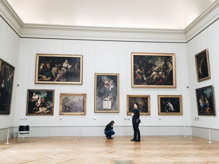 Le Louvre, Italian Renaissance masturbate your eyes!   IG: alexquisite