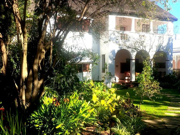 Zonneweelde Guest House - This gracious historical thatched home is situated between trees and a luscious garden in the centre of Worcester, the capital of the Boland, a 100 kilometres from Cape Town.  Zonneweelde offers accommodation ... #weekendgetaways #worcester #southafrica