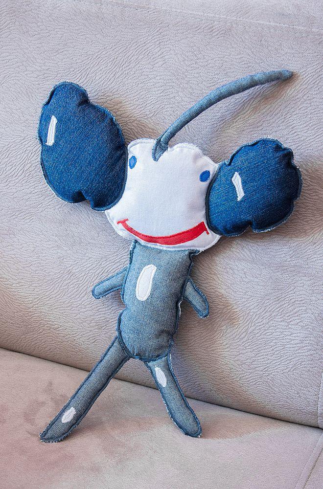 Maskotka z dziecięcej wyobraźni. #wyobraznia #dziecko #maskotka #rysunek #tkanitka