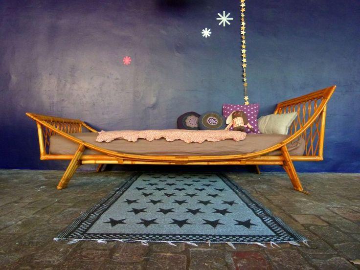 90 best mobilier en rotin relook images on pinterest bedroom kids child room and baby cots. Black Bedroom Furniture Sets. Home Design Ideas