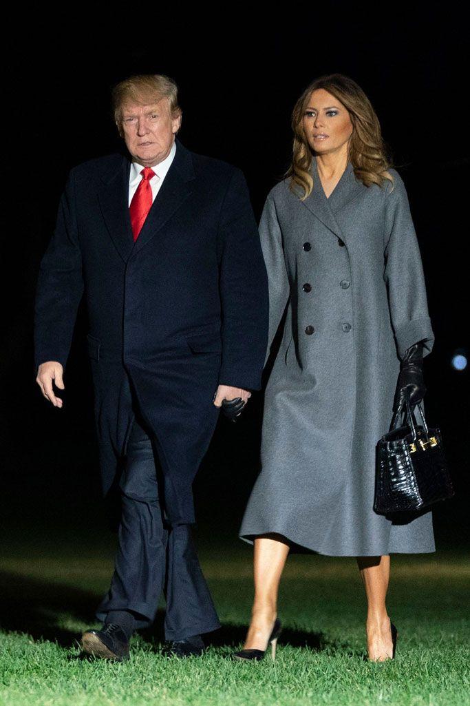 Melania Trump Masters Fall Fashion In Long Gray Coat Gloves And Soaring Heels After Paris Trip Trump Fashion Ivanka Trump Outfits Long Grey Coat