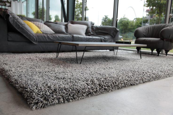 Heerlijk hoogpolig tapijt, waar je lekker met je tenen in kan woelen!
