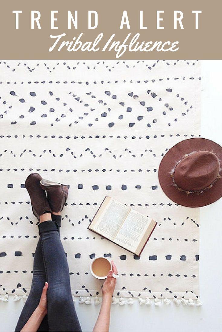 White area rug,floor rugs,carpet,home decor,minimalist rug,black and white rug,white rug,rugs #rug #handmade #tribal #ad