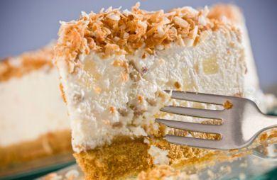 Coconut Dream PieCoconut Cream Pies, Colada Cheesecake, Pies Recipe, Coconut Desserts, Piña Colada, Dreams Pies, Healthy Coconut Pies, Coconut Dreams, Sirova Tortas