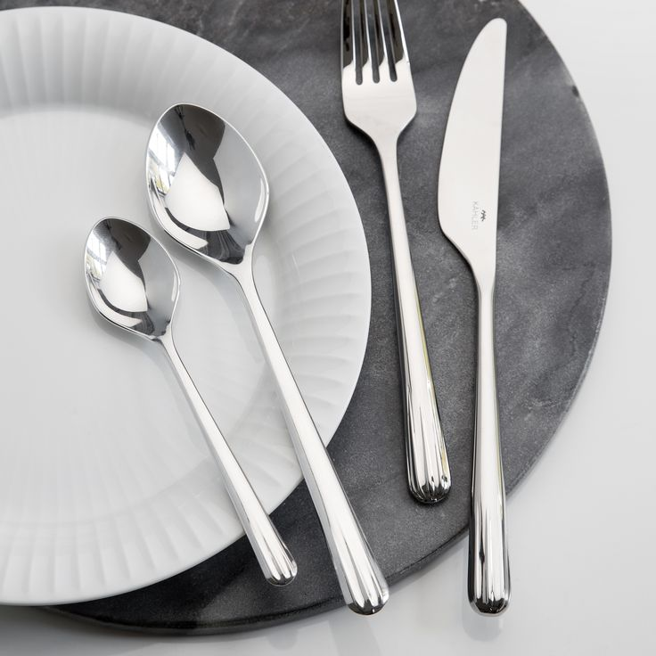 Use the stunning Hammershøi cutlery set as your preferred cutlery - every day and for festive occasions.