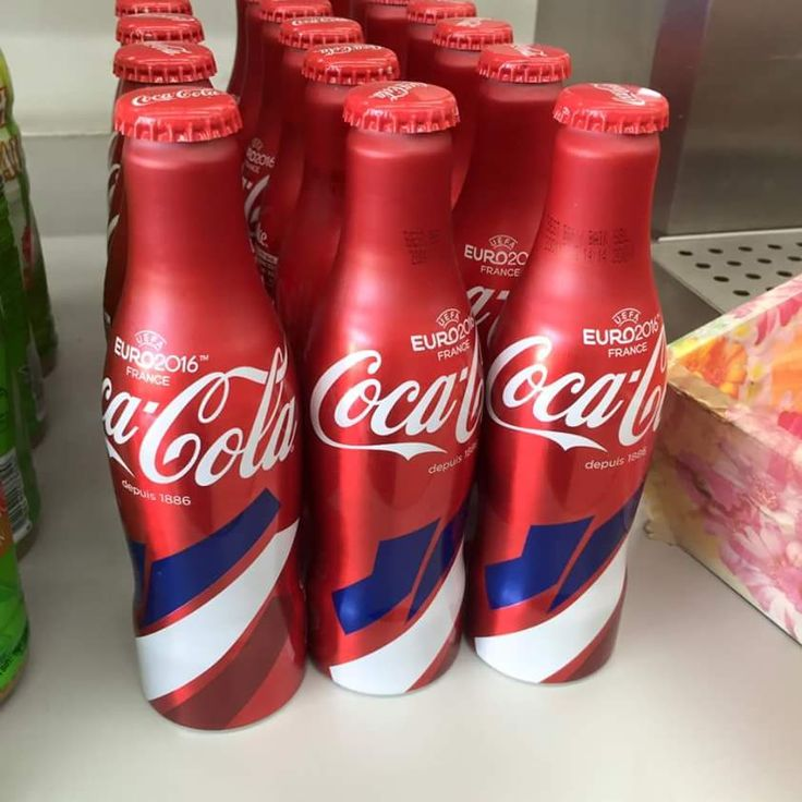 Tiada alkohol dalam Coca-Cola botol aluminium Edisi Terhad UEFA Euro 2016   COCA-COLA Malaysia hari ini menafikan dakwaan bahawa Coca-Cola botol aluminium Edisi Terhad UEFA Euro 2016 yang dijual di kedai-kedai terpilih di negara ini mengandungi alkohol.  Coca-Cola Nafi Botol Aluminium Edisi Terhad UEFA Euro 2016 Mengandungi Alkohol  Coca-Cola Nafi Botol Aluminium Edisi Terhad UEFA Euro 2016 Mengandungi Alkohol  Ia berkata walaupun Coca-Coca botol aluminium edisi terhad tidak dikeluarkan di…