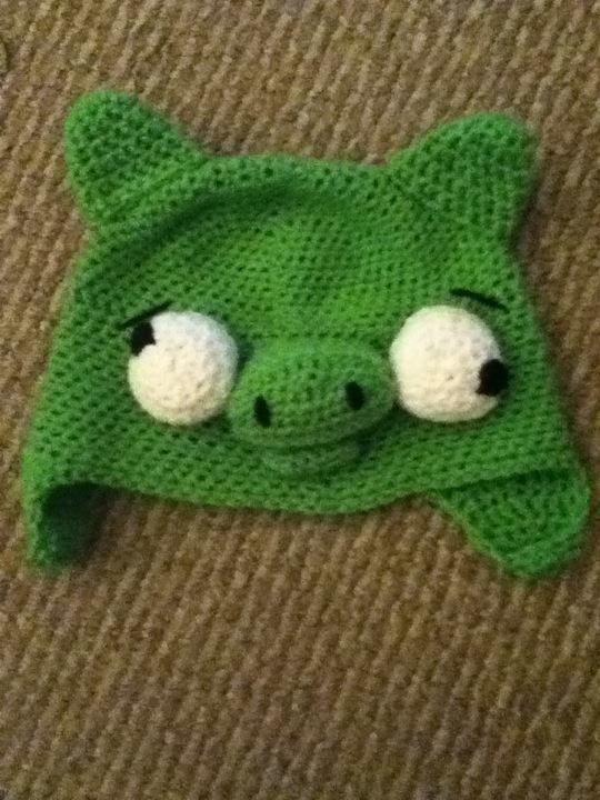 an angry bird's punching bag pig