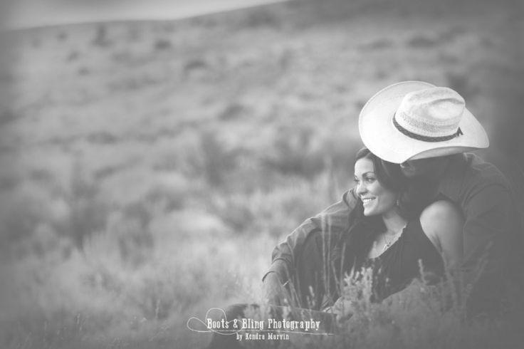 Western couple outdoor photo shoot ideas.