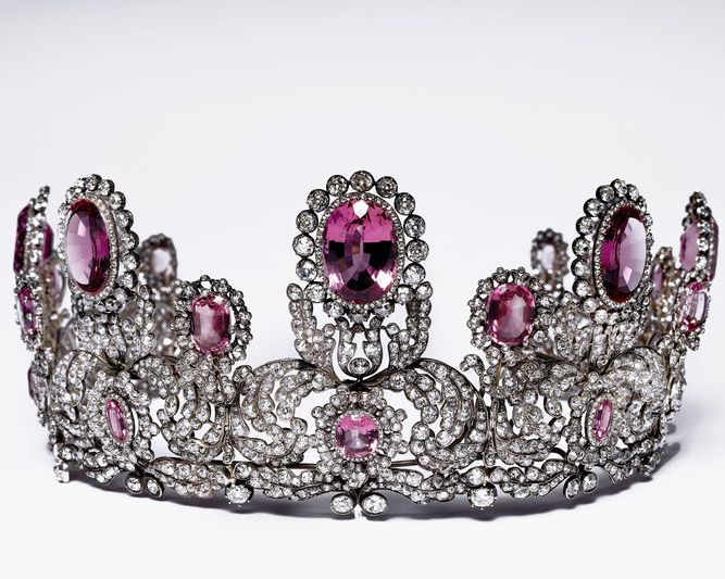 17 Best Images About Adornment Tiara Topaz On