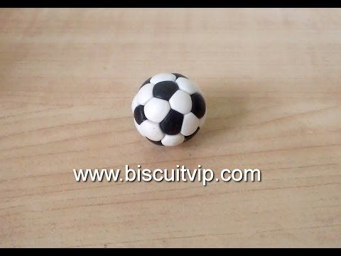 Bola de Futebol - Canal Aula de Biscuit - YouTube