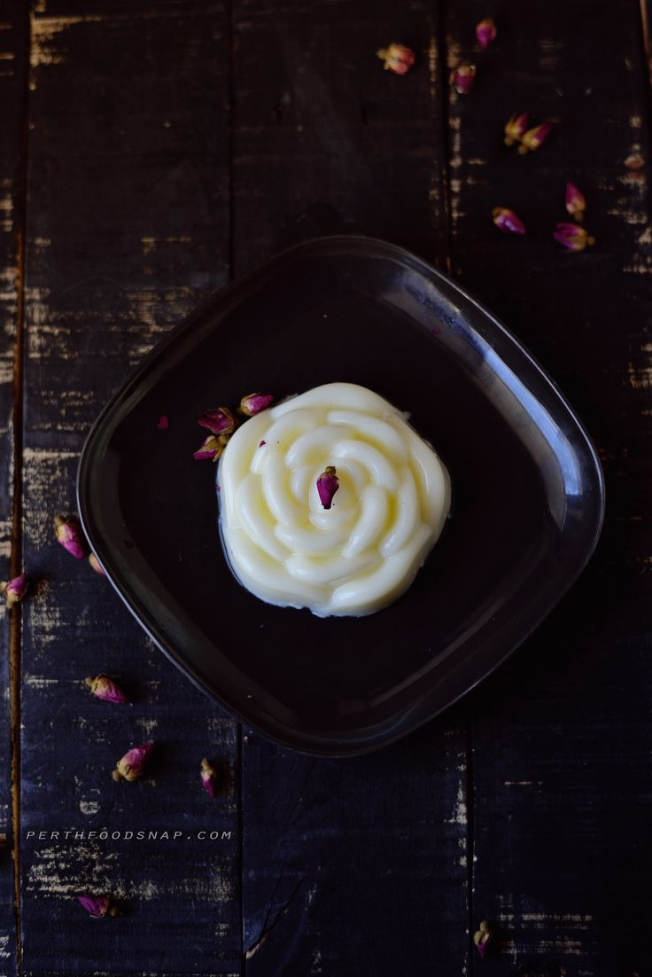 https://flic.kr/p/BBbnLE | Milk Pudding | perthfoodsnap.com/2015/12/27/pudding-susu-nutrijelly/